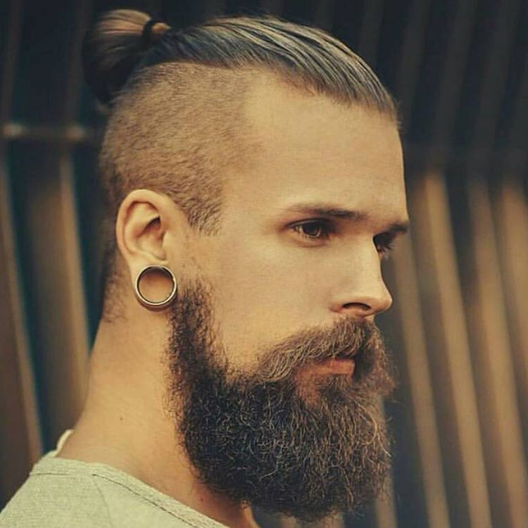 backcombed-hairstyles-for-men-with-beards