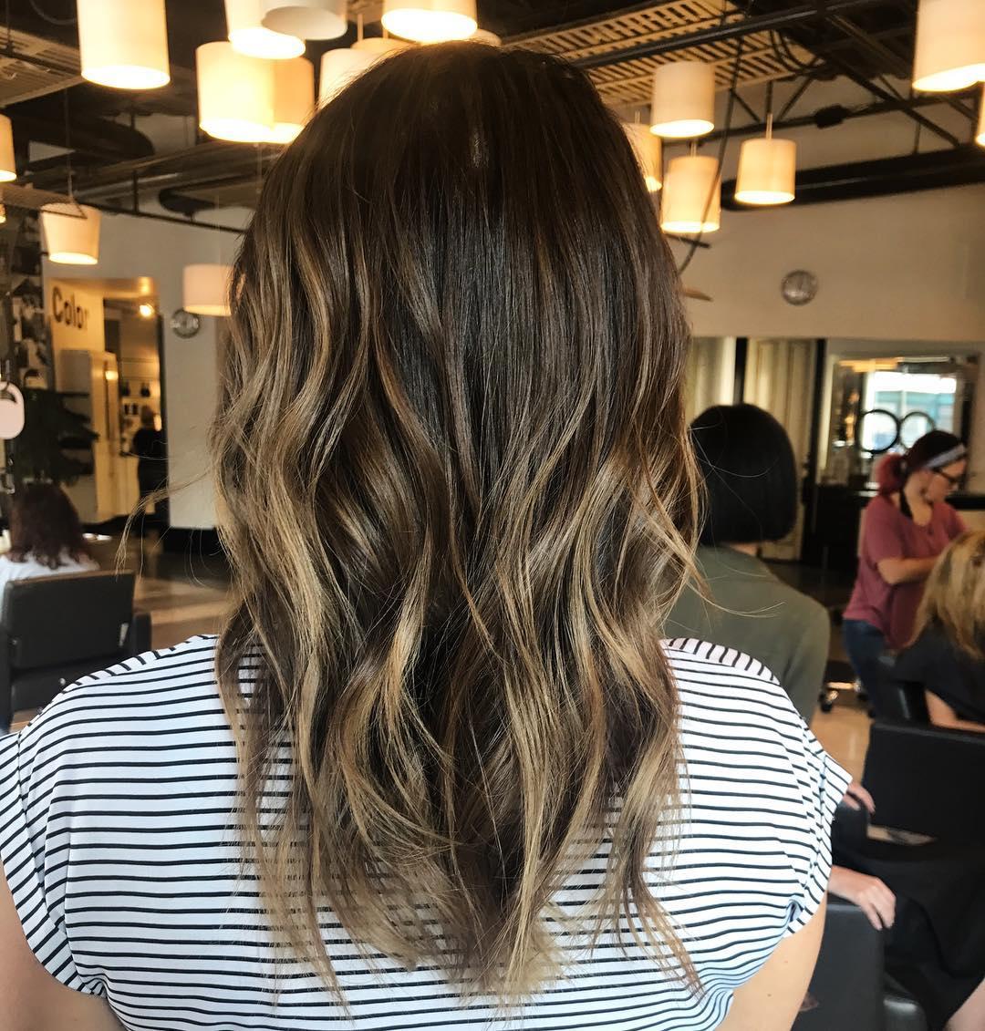 Svijetli pramenovi na smedjoj kosi (2)
