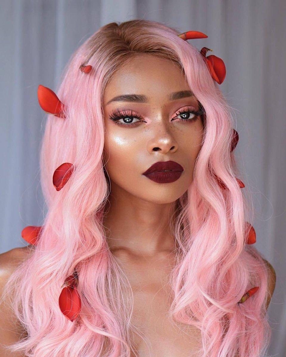 Ružičasta Limunada Nevjerovatna Boja Kose Friz