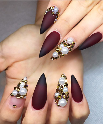 19-totalbeauty-logo-27-stiletto-nails-that-will-take-your-manicure-to-the-next-level