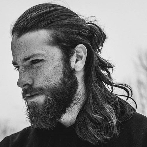 Man-Ponytail-Long-Hair-Full-Beard