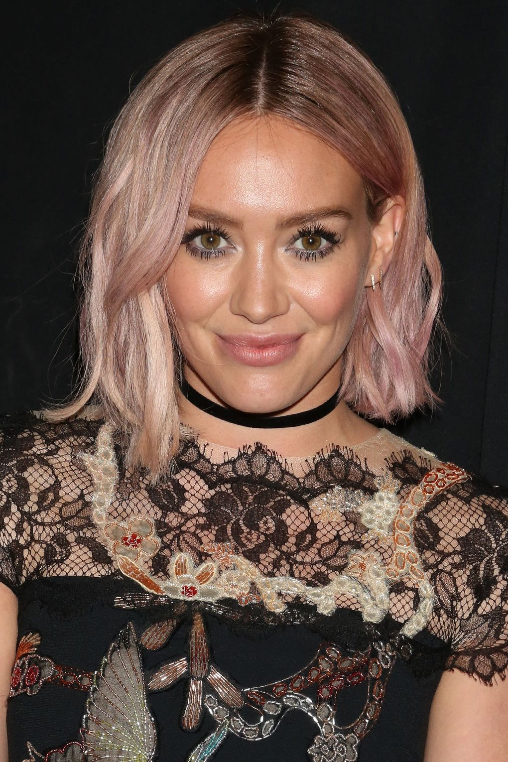 Hilary-Duff-02Jan18-rexfeatures_5586645af