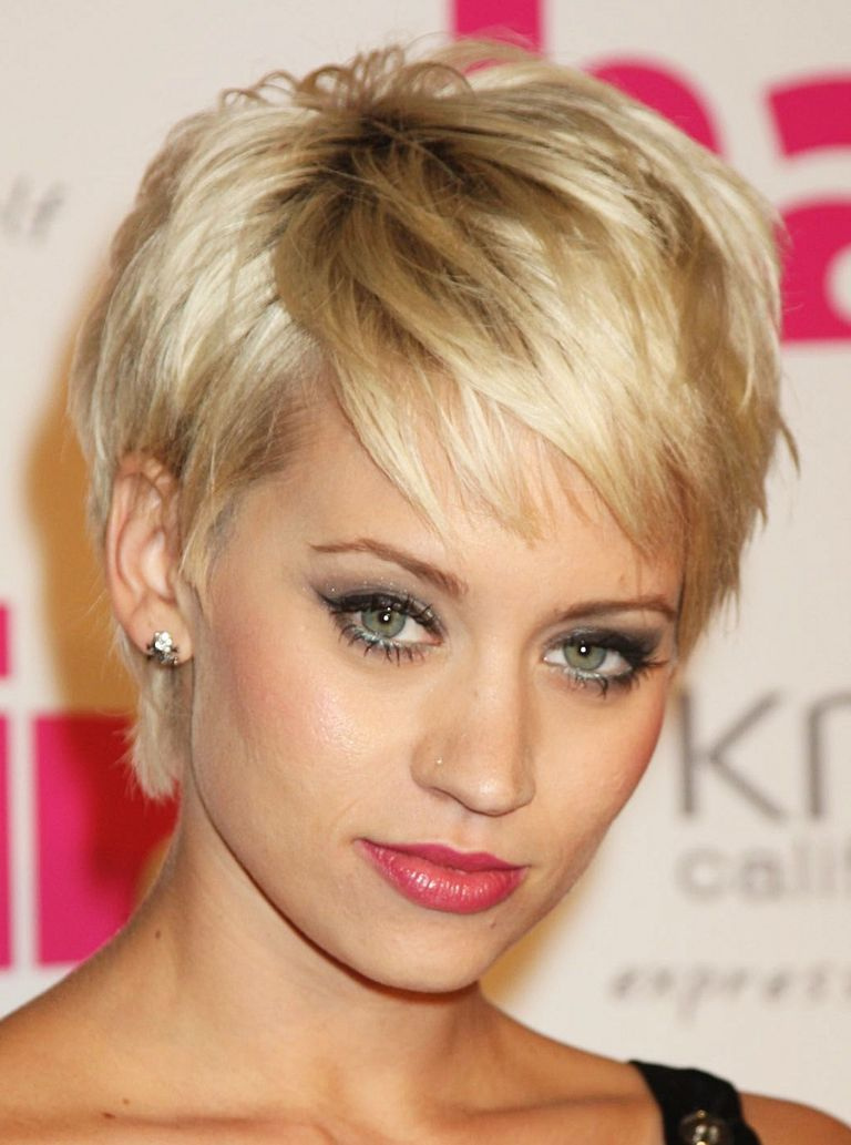 2019 short hairstyle for party Beautiful Hot Holiday Hairstyle Inspiration