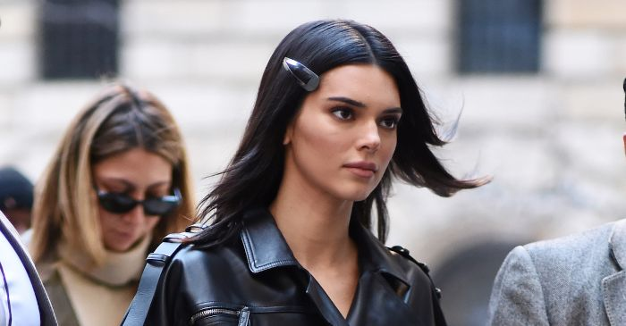 This-90s-Hair-Accessory-Is-Spring-2019s-Biggest-Trend