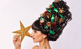 LOreal-Paris-BMAG-Article-Is-Christmas-Tree-Hair-About-to-Be-the-Big-Thing-for-2019-M