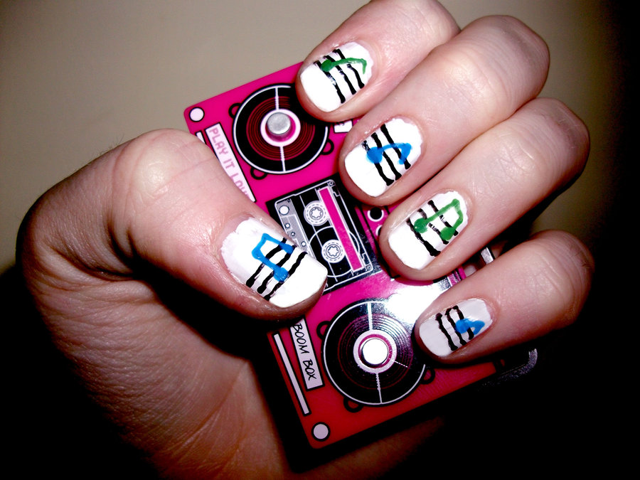 music_nails_by_roxysslushpuppie-d4h2s6r
