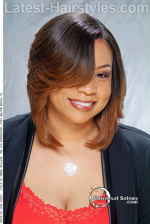 Hairstyle-for-Round-Faces-with-Side-Bangs