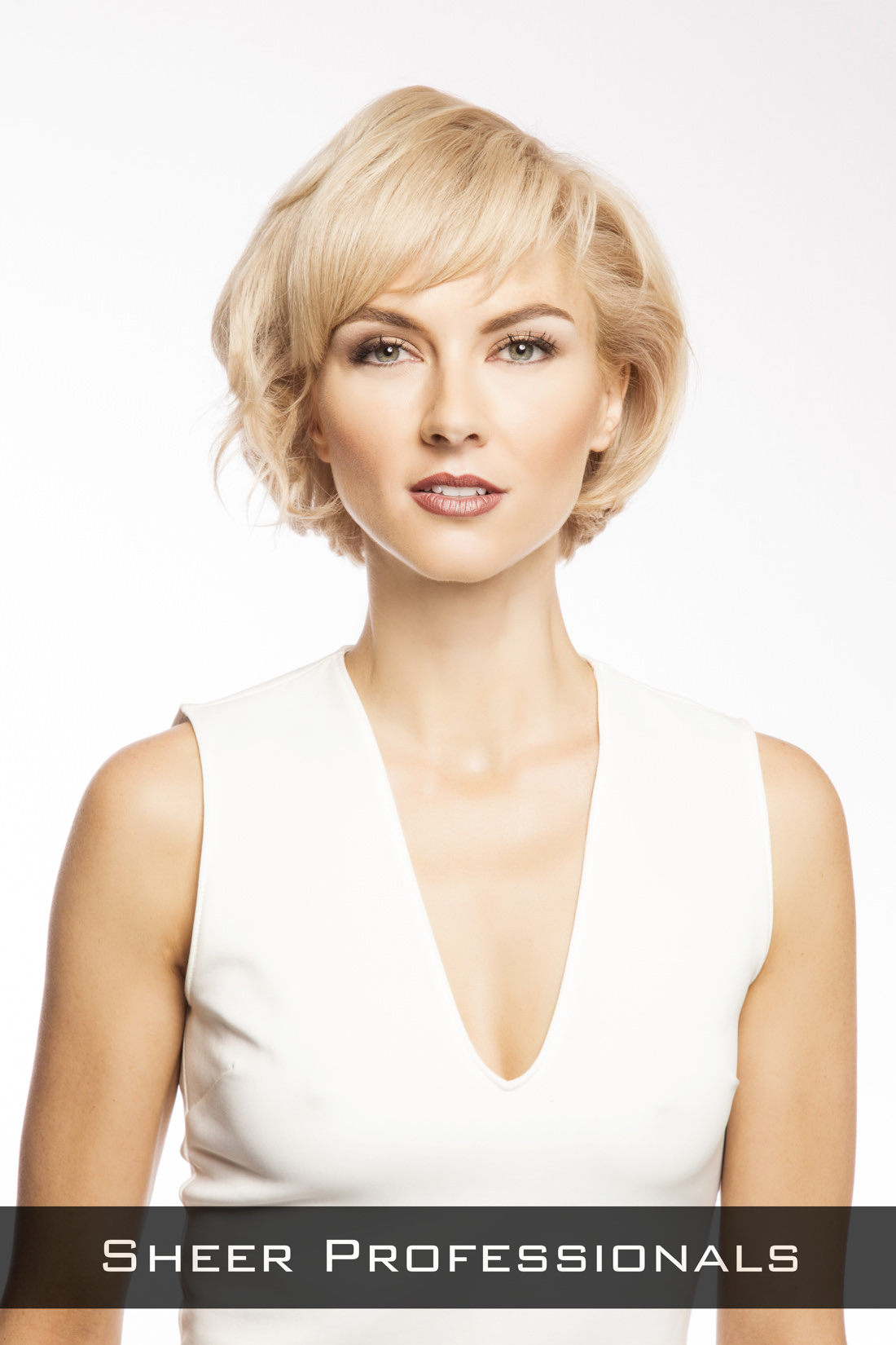 Romantic-Bob-Hairstyle-for-Round-Faces