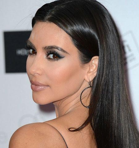 Kim-Kardashian-black-hair-color-2017-450x480