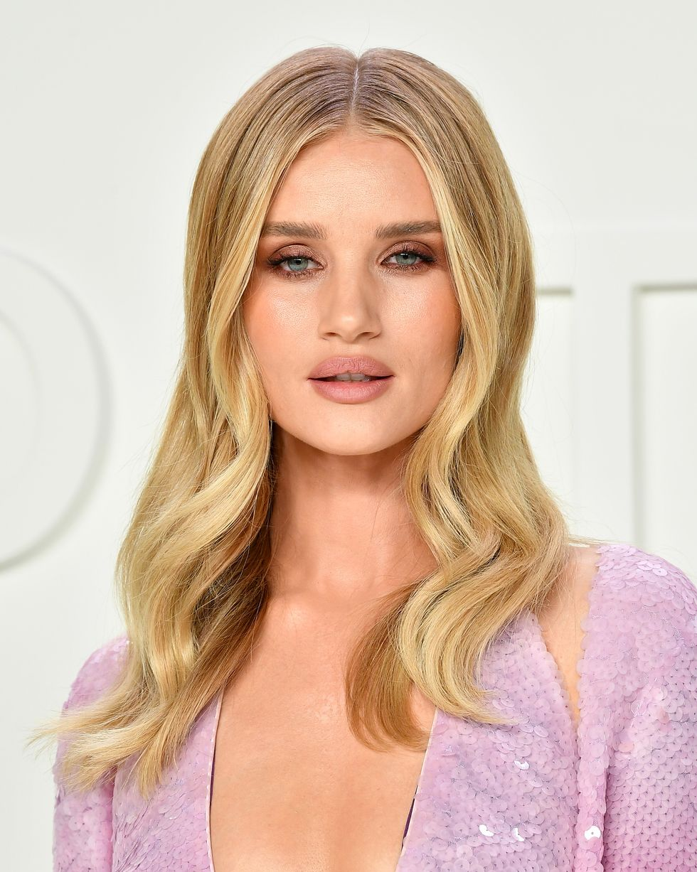 rosie-huntington-whiteley-attends-the-tom-ford-aw20-show-at-news-photo-1587407320