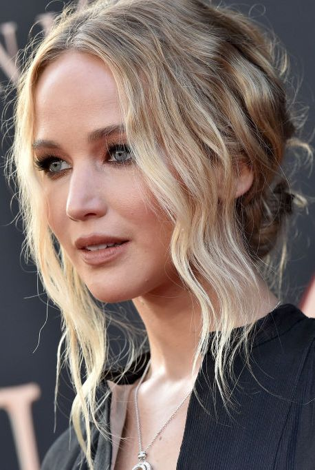 jennifer-lawrence-attends-the-premiere-of-20th-century-foxs-news-photo-1590616518