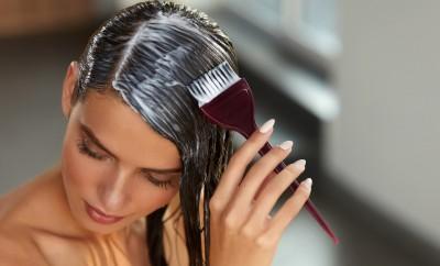 61615801-bojanje-kose-kucno-bojanje-kose